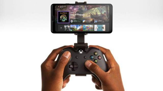 Atrás diferencias: Microsoft y Apple trabajan para llevar controles de Xbox Series X al iPhone